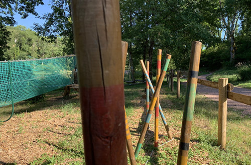 Parcours accrobranche pour les jeunes dans l'Allier