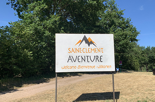 Parking de saint clement aventure accrobranche
